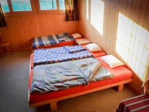 Schlafzimmer l